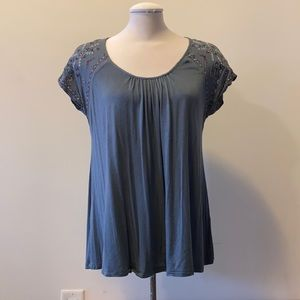 NEW Knox Rose simple blouse